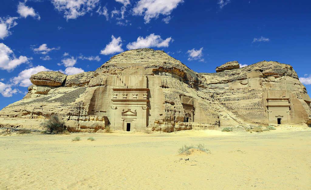 Madain Saleh -desert experiences with Native Eye